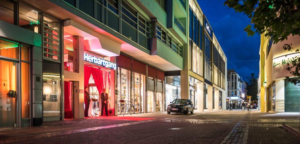 Herbartgang; Revitalisierung; Innenstadt Oldenburg; shoppen; Pommerel; roter Teppich; 55 Jahre Herbartgang